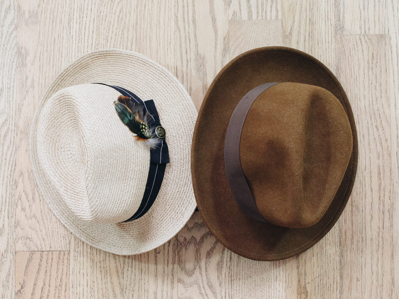 effortless essentials minimalist wardrobe - accessories_hats