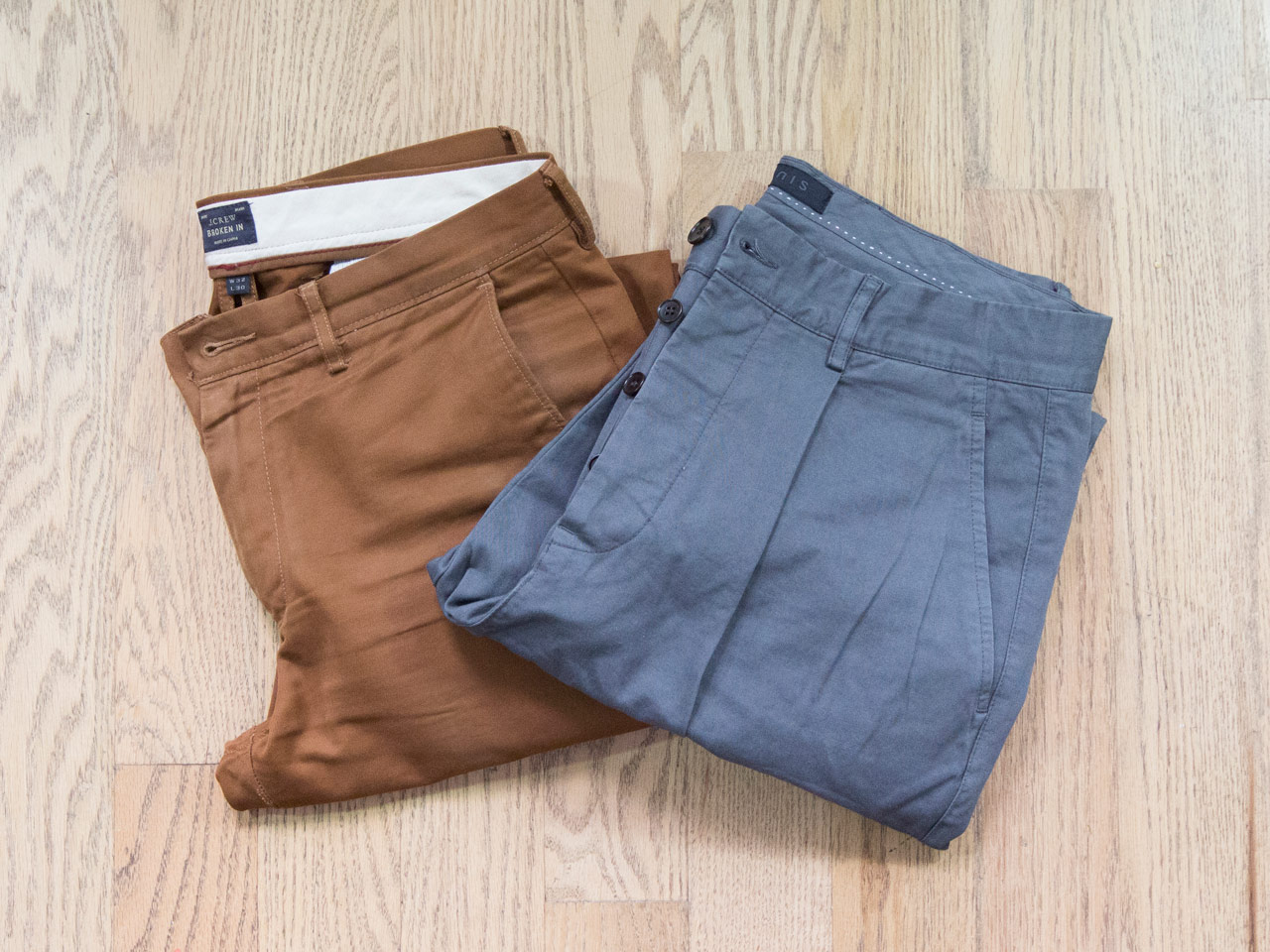 effortless essentials minimalist wardrobe - casual chinos