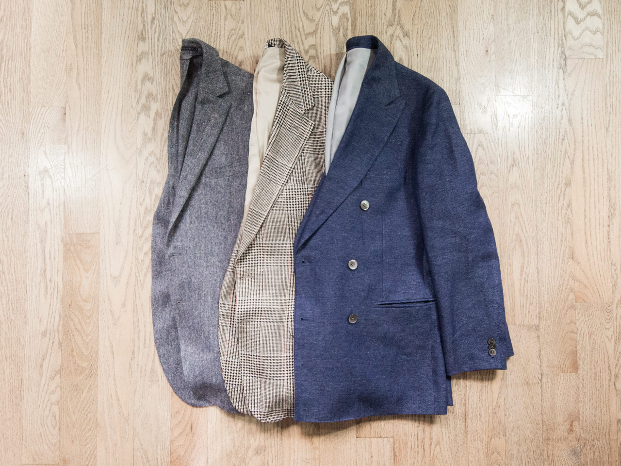 effortless essentials minimalist wardrobe - sportcoats
