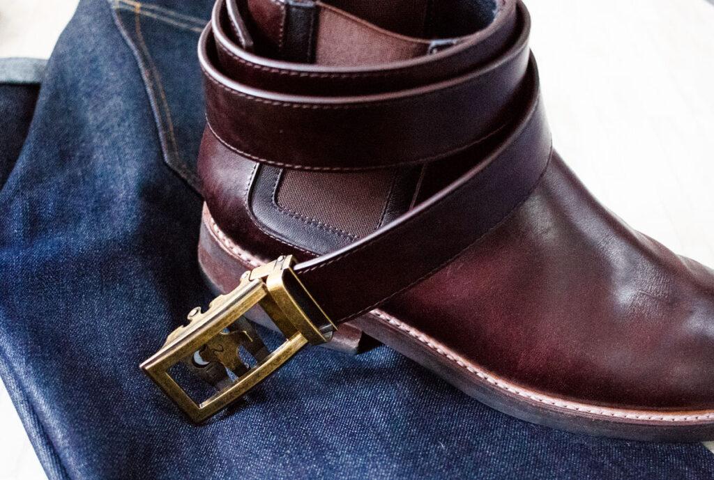 anson belt with thursday boots and dark denim - effortlessgent