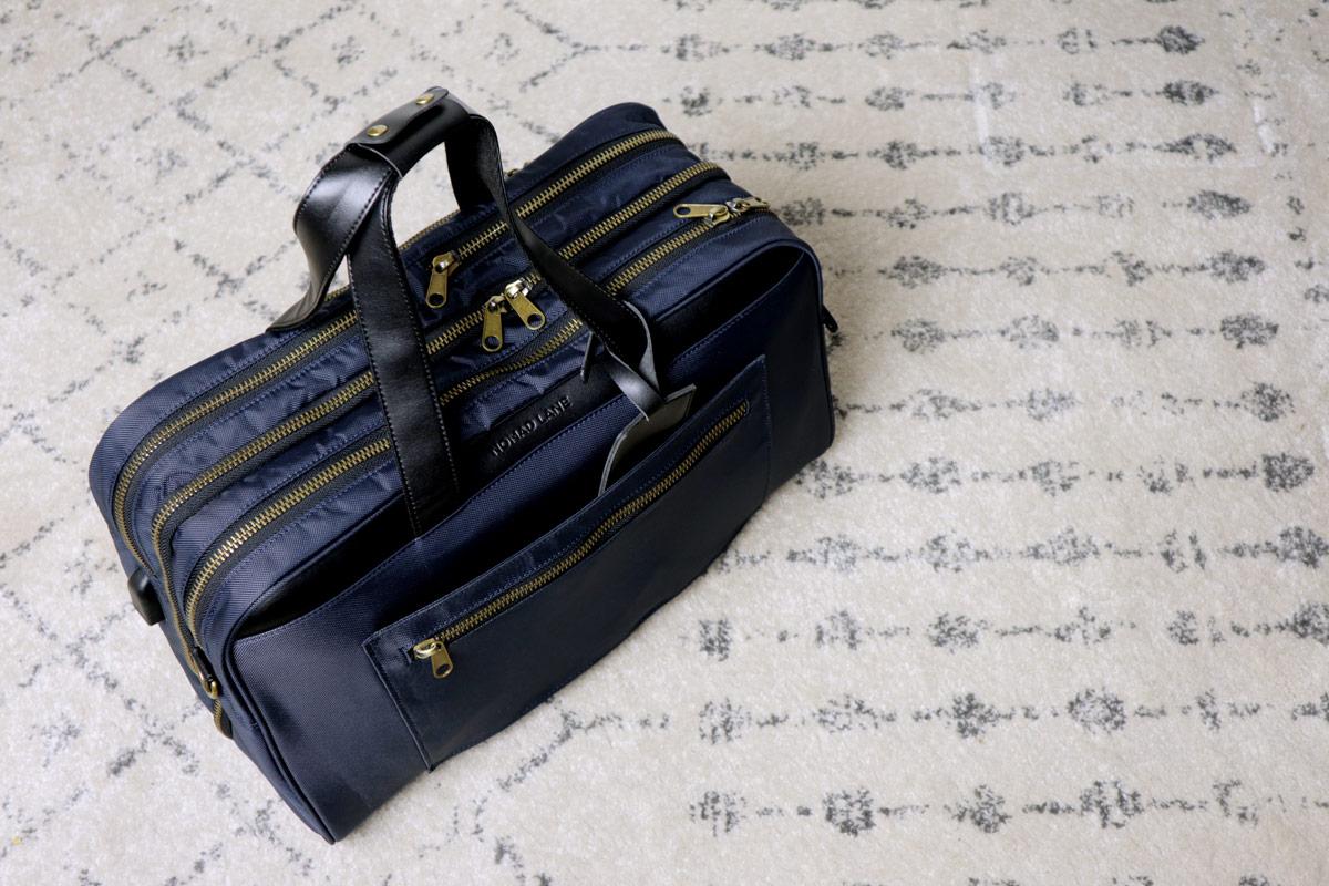 full overhead shot - best travel bag for men - nomad lane bento bag