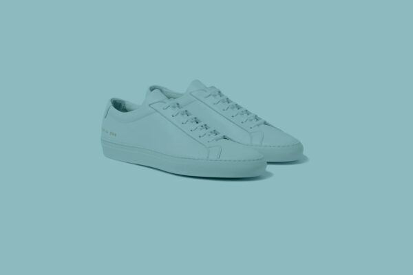 feature-mininmal-white-sneakers-scaled