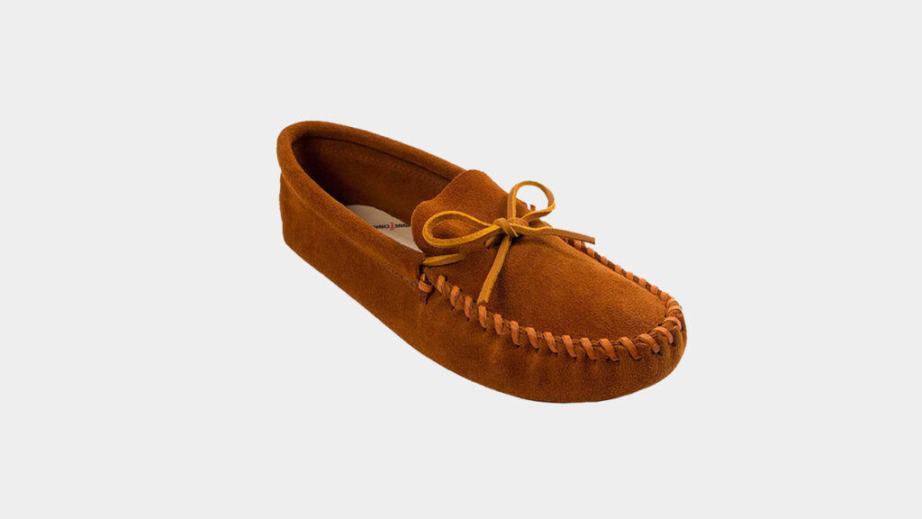 moccasin house slippers from minnetonka