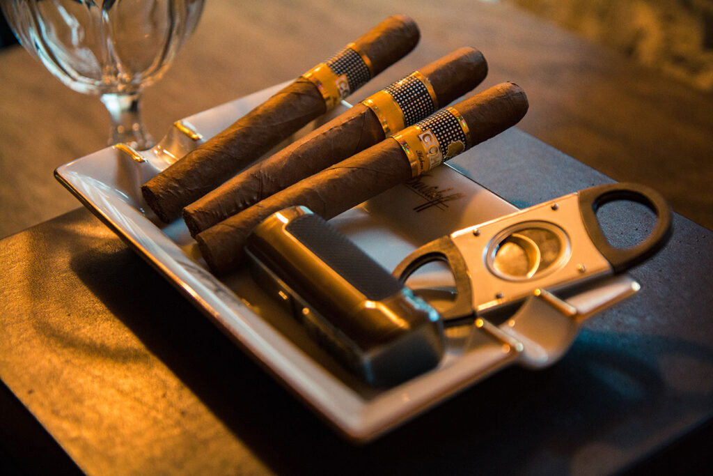 Cigars 101 How To Choose A Cigar 2020 Guide Effortless Gent