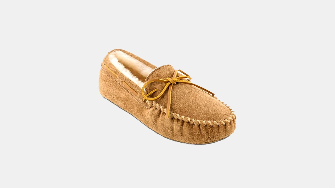 Minnetonka Moccasin Sheepskin Softsole Moc