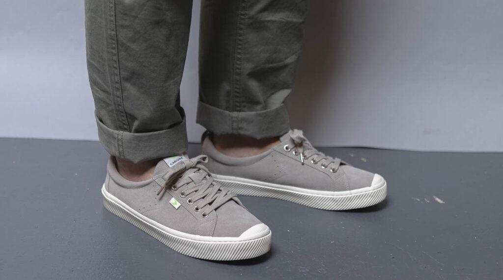 cariuma oca low grey on feet 3