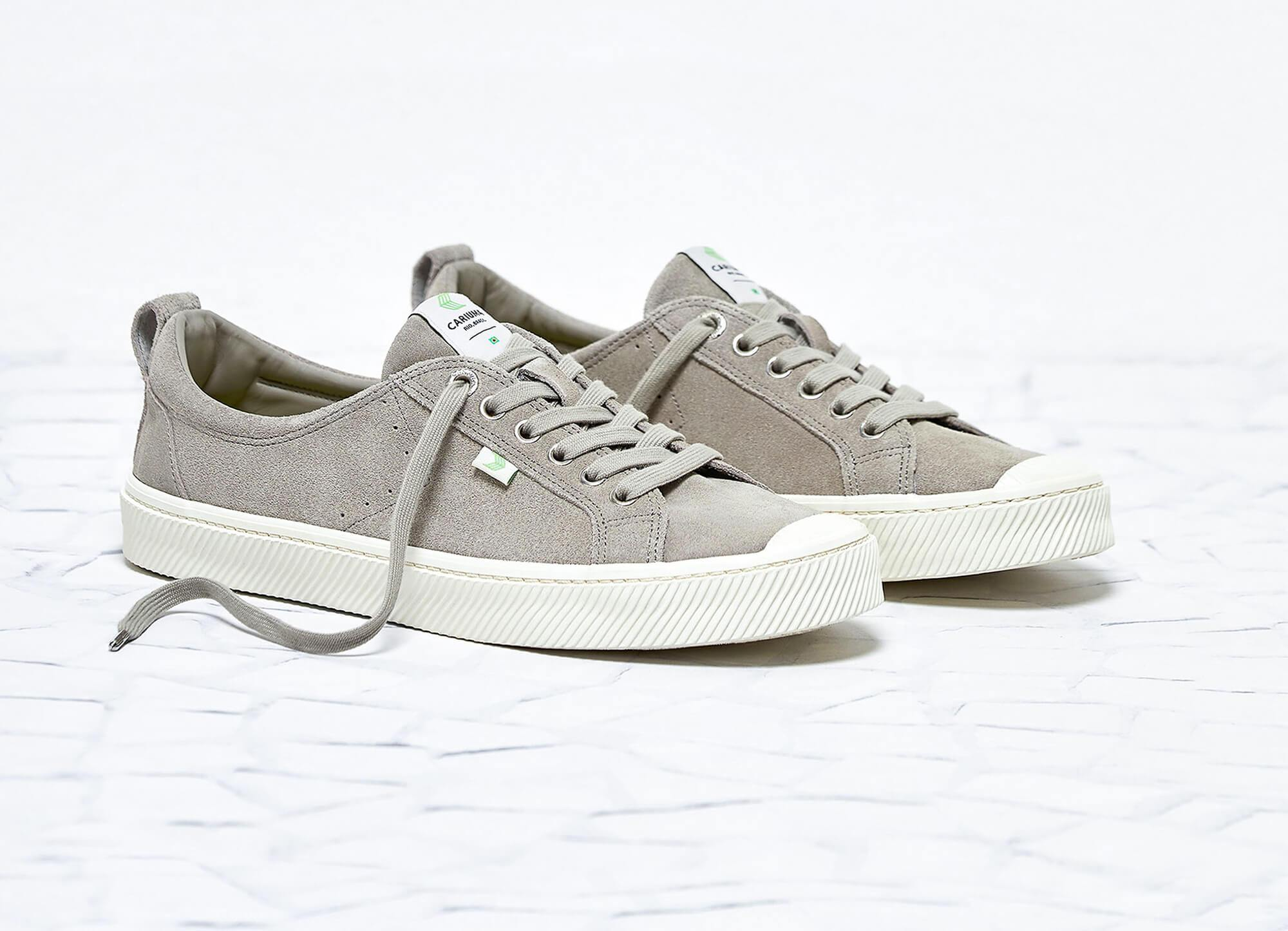 Cariuma OCA Low in Cloud Grey Suede