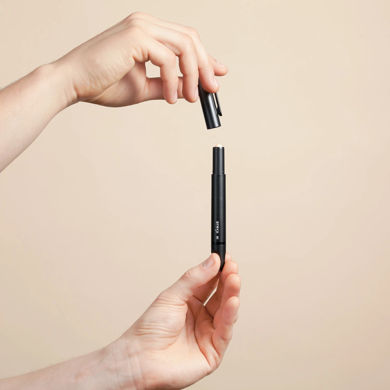 Stryx Concealer Tool